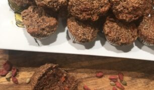 Goji Berries & Yogurt Mini Muffins