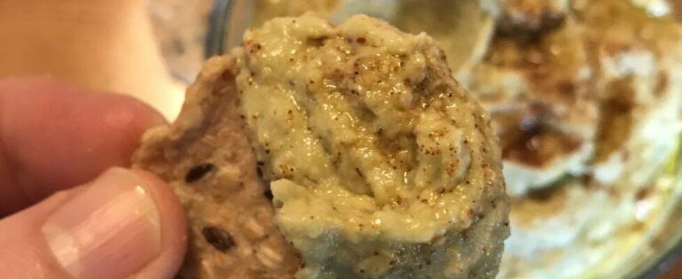Garlic Avocado Hummus